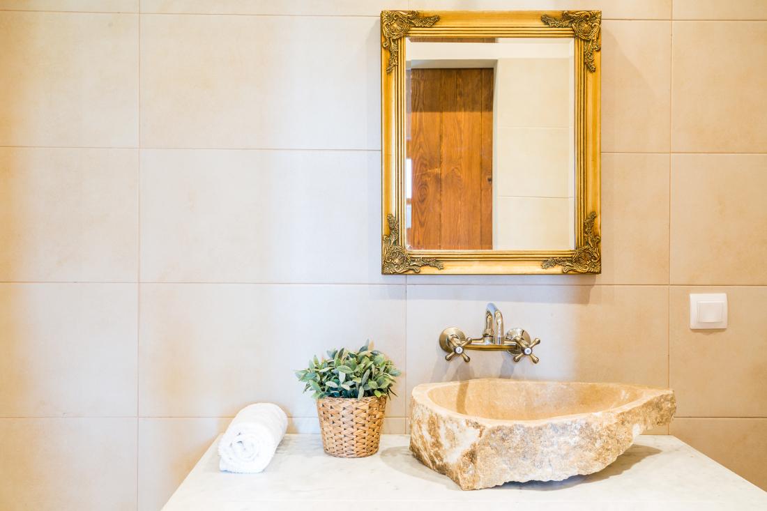 miroir carré pour salle de bain